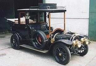 Type de voiture que la bande à Bonnot utilise